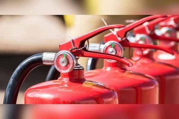 تجهیزات آتش نشانی ایمن گستر شهر