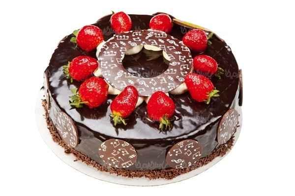 شیرینی پزی توت فرنگی در ایلام