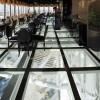 رستوران کف شیشه ای بام کیش