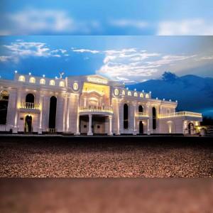 باغ تالار کاخ ایرونی