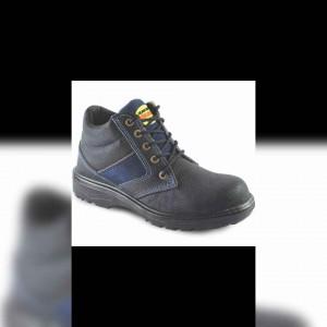 تولید کفش و پوتین ایمنی کوشا
