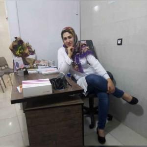 زهرا گلریز کارشناس و مشاور زنان و مامایی
