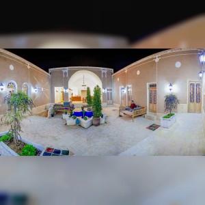 اقامتگاه بومگردی و گردشگری شمعدونی در یزد